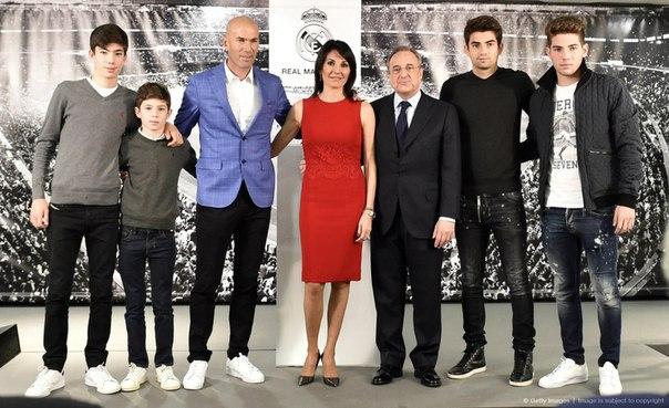 Трое из четырех сыновей Зидана не сыграют в ближайших матчах за юношеские команды «Реала» из-за ситуации с трансферном запретом.