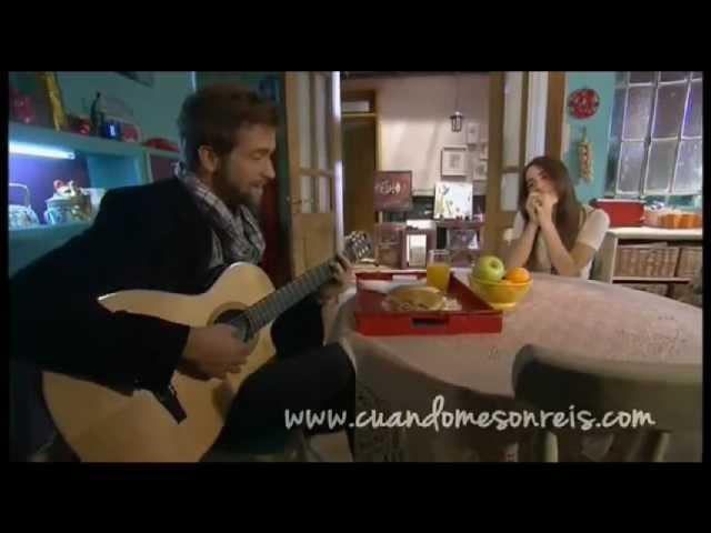 Lali Esposito y Pablo Alboran en Cuando Me Sonreis