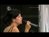 Lily Allen-Littlest Things (Live @ the V Festival) beautiful legs feets