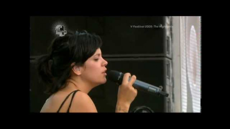 Lily Allen Littlest Things Live @ the V Festival beautiful legs feets