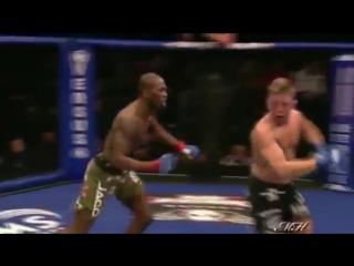 Самые лучшие нокауты в боксе и смешанных единоборствах. The most cruel knockouts in boxing. спорт.