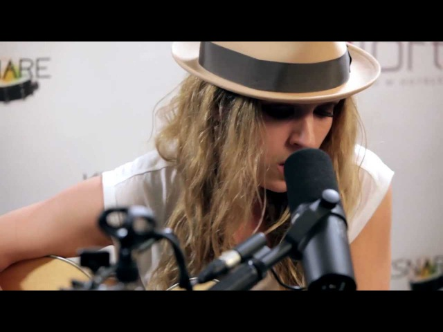 ZZ Ward - Move Like You Stole It (Kick Kick Snare Acoustic Session)