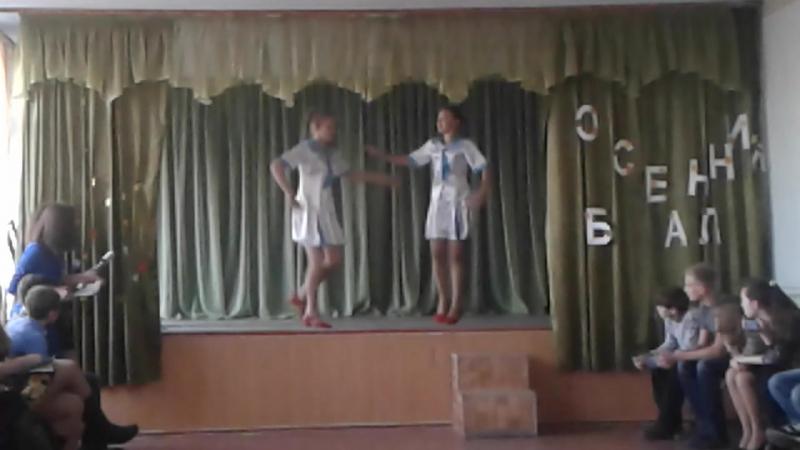 Роднули мои😘😘Каринка с Анютой были лучшими😗ну и конечно мальчишки танцевали очень хорошо❤ЛЮБЛЮ❤