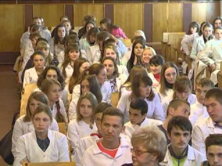 Ольга Попенко - завітала до Прилуцького медичного училища