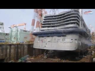 Строительство океанского лайнера в ускоренном воспроизведении