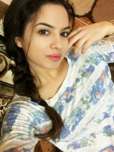 Central Asian Women 95