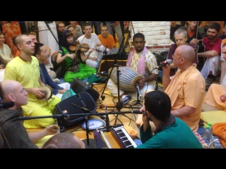 Vancha Kalpa and Prabhupada Beat | BB Govinda Swami (Kirtan Mela Moscow 2016)