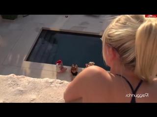 русское порно на крыше дома