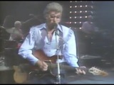 Carl Perkins, George Harrison - Everybody's Trying To Be My Baby 991985 Capitol Theatre (Official)
