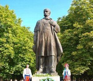 Луганский эксперт предложил снести памятники Шевченко, как «первому украинскому фашисту»