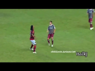 Ronaldinho ● Insane Ball Controls ●  First Touch King