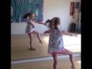 девочка- гимнастка