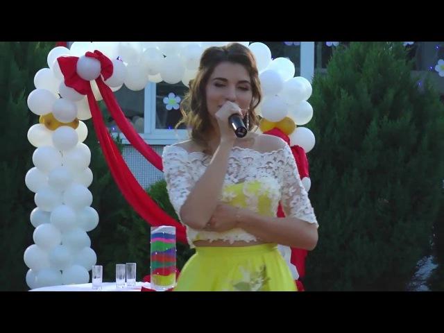 ШИКАРНОЕ выступление выпускников! Отличная песня! Выпускной Бал 2016 Гимназия 152