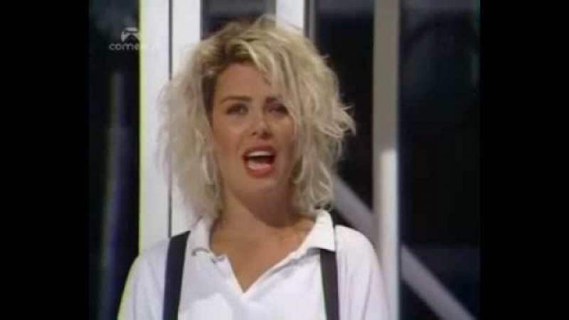 (1987) Kim Wilde - Say You Really Want Me - The Kenny Everett Show (12 Juillet 1987)