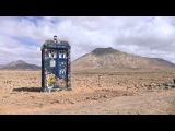 How to build a TARDIS in 50 seconds - Doctor Who: Series 9 (2015) - BBC