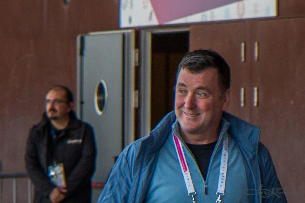 Брайан О́рсер / Brian Orser & Toronto Cricket Skating Curling Club Cn2K_QVa95U