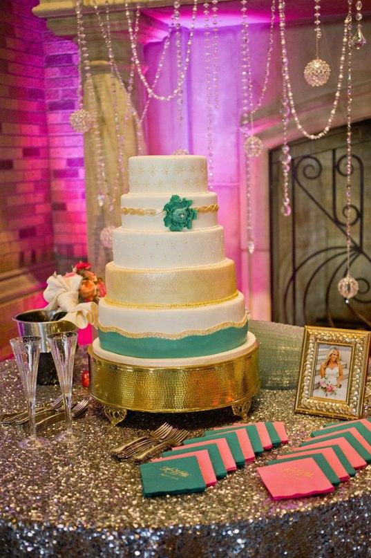 oMLKdMm5nPM - «Металлические» свадебные торты 2016 (75 фото)