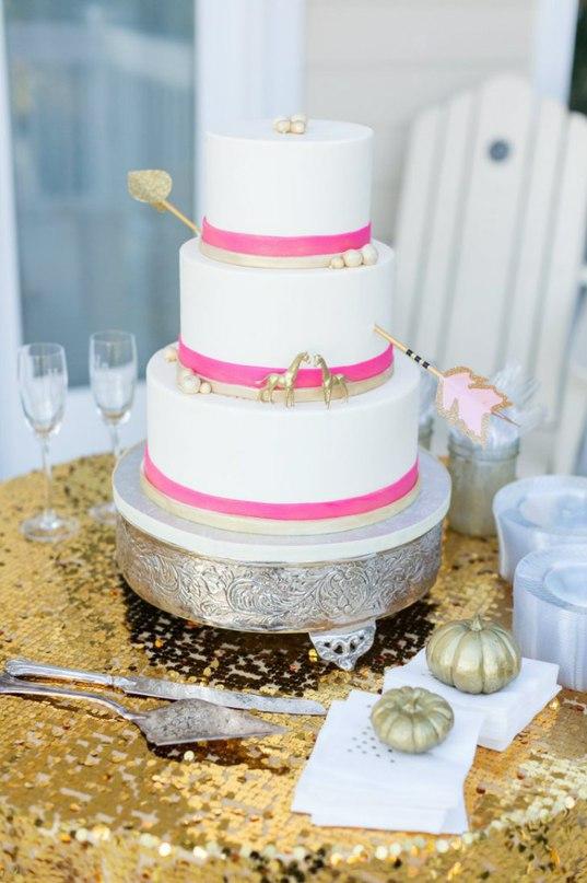 pxGNRjIdoWI - «Металлические» свадебные торты 2016 (75 фото)
