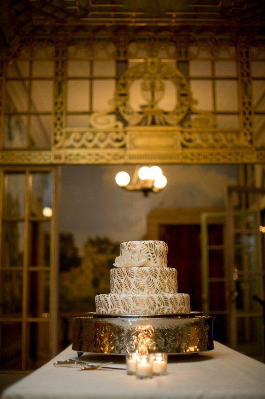 u65vztd1Bvk - «Металлические» свадебные торты 2016 (75 фото)