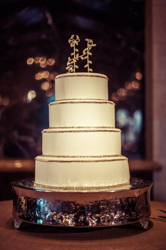 isjXT6ePKRg - «Металлические» свадебные торты 2016 (75 фото)