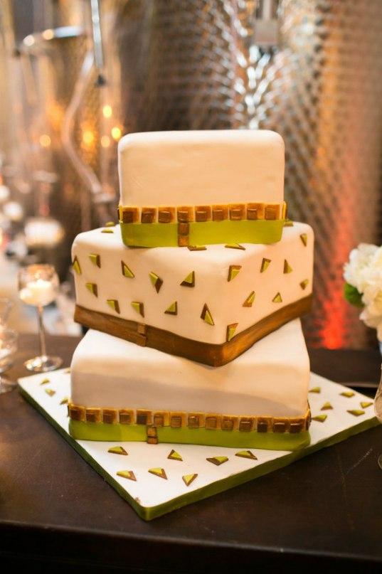 s0uWZ1SDC38 - «Металлические» свадебные торты 2016 (75 фото)