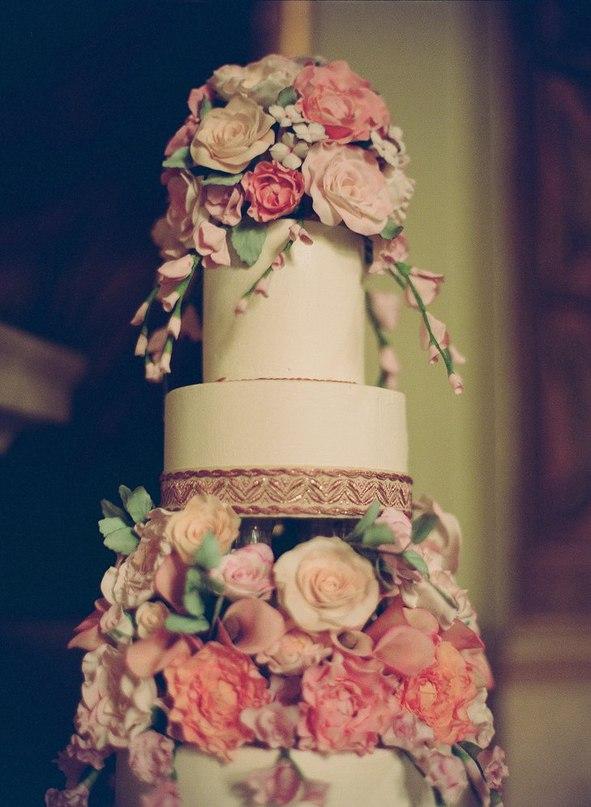 fTbLTKF3Nfg - «Металлические» свадебные торты 2016 (75 фото)
