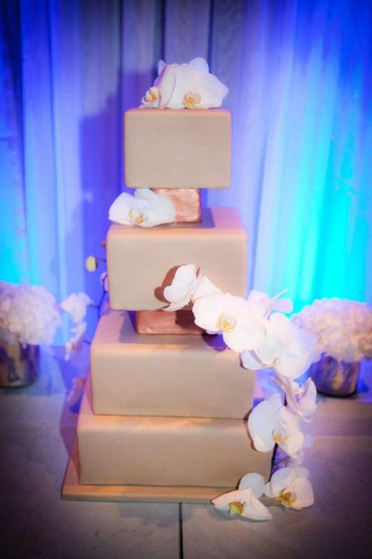 UsdXDhtUL3w - «Металлические» свадебные торты 2016 (75 фото)