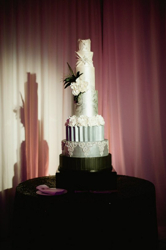 SqGXtabmOcc - «Металлические» свадебные торты 2016 (75 фото)