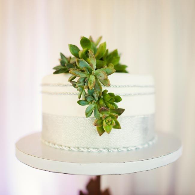 ZMh3VCSzk3s - «Металлические» свадебные торты 2016 (75 фото)