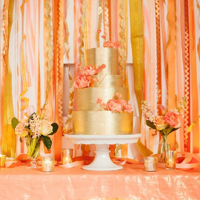 zfmmyJZloXA - «Металлические» свадебные торты 2016 (75 фото)
