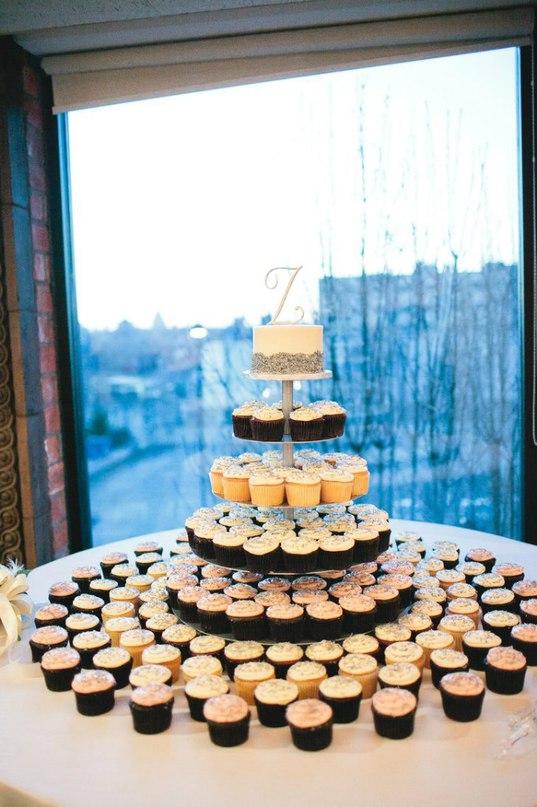 PbvaXEslILc - «Металлические» свадебные торты 2016 (75 фото)
