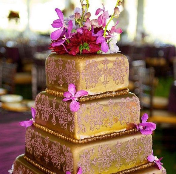 O8bpyHYdW0I - «Металлические» свадебные торты 2016 (75 фото)