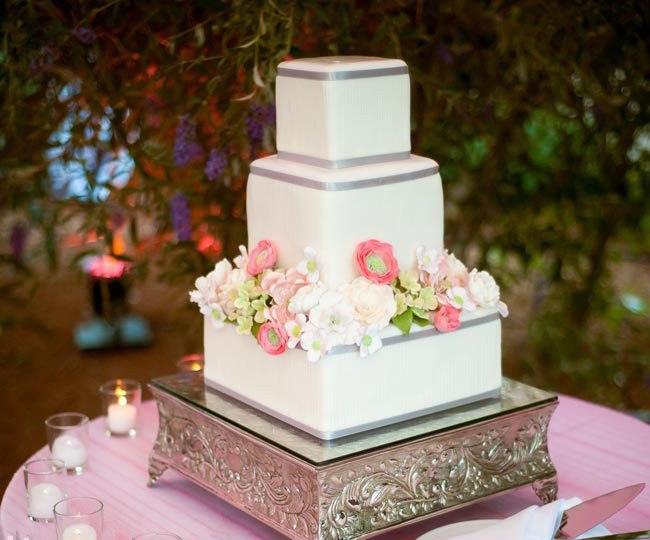 0Td8vcmGBpk - «Металлические» свадебные торты 2016 (75 фото)