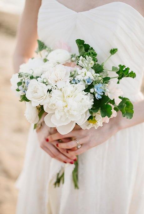 h8QGY1r yOM - Голубые свадебные букеты (19 фото)