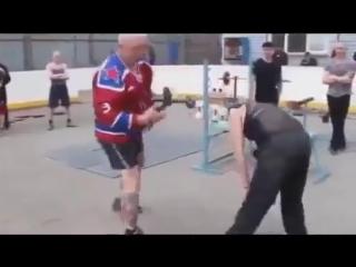 МУЖИК КРАСАВЧИК!