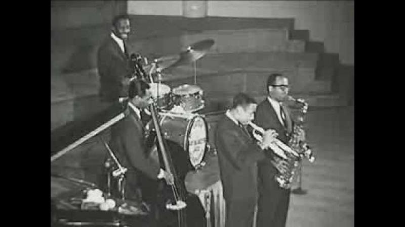 Moanin' - Art Blakey the Jazz Messengers - Live
