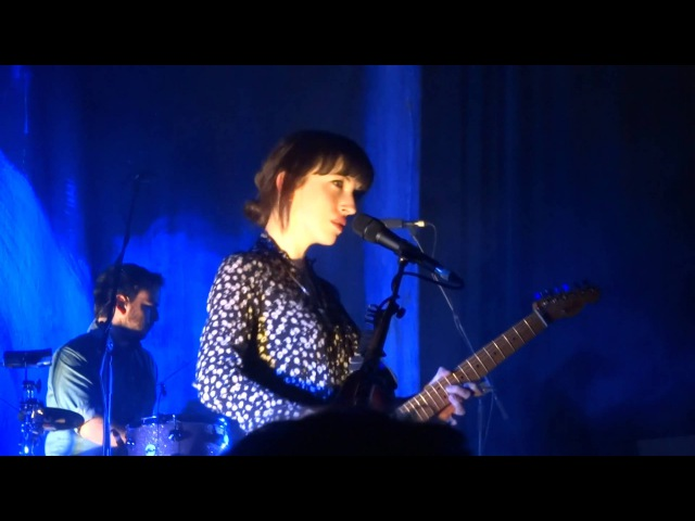 Daughter - Alone/With you - Live at AB - Brussels