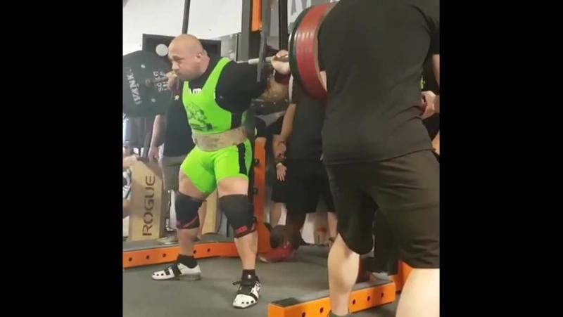 Амит Сапир, попытка приседа 342,5 кг