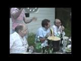 Булат Окуджава, Фазиль Искандер, Василий Аксенов и Наум Коржавин в компании друзей (США, ш.Вермонт, лето 1990г.)
