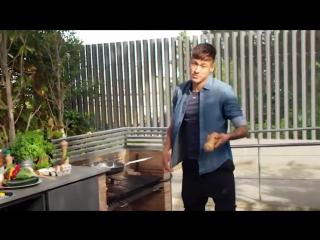 Неймар показывает - Как готовить яичницу