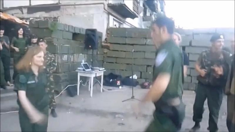 служка геноцида захарченко и наркоман-гиви обнюхался и празднует свой день рождение