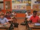 дети заглядывают под юбку учительнице в школе