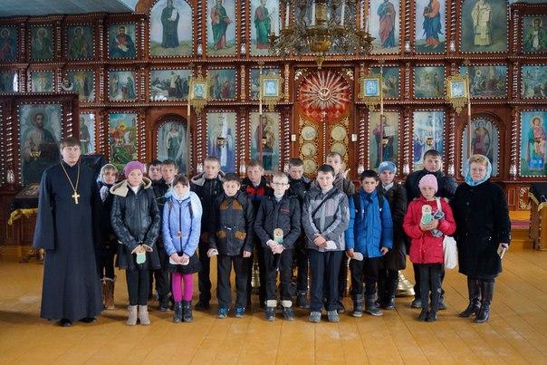 Школьники станицы Кардоникской ознакомились с устройством православного храма
