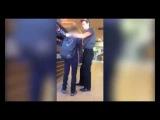 Сотрудник Burger King избил школьника