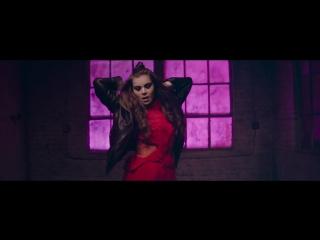Хейли Стайнфелд \ Hailee Steinfeld, Grey - Starving ft. Zedd Премьера видеоклипа 2016