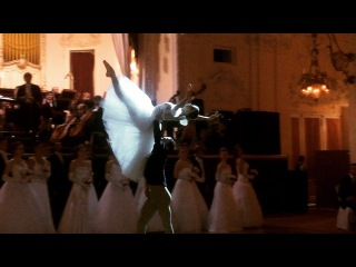 "# Olesya Yermakova on Instagram: ""Russian #ballet stars 🙌🏻 #glimpses #RussianBall2016// О высоком. Во всех смыслах. Звезды Большого Театра. #русскийбал2016 #бал #балет…"""