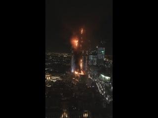 В небоскребе в Дубае произошел пожар на Новый год!
