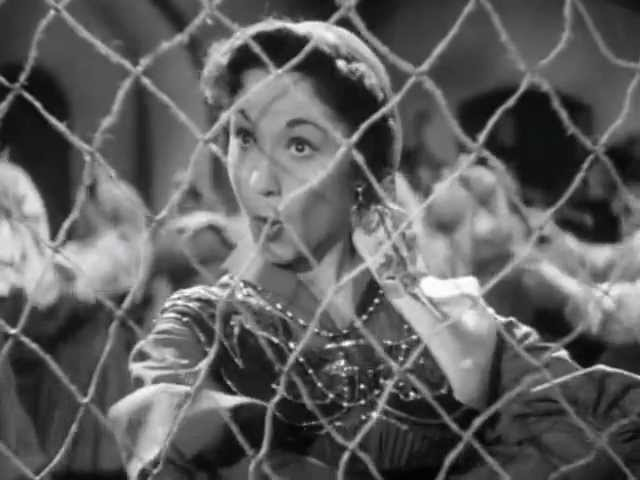 Лолита Торрес в эпизоде из фильма Возраст любви 1954г