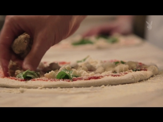 Learning to make pizza at one of la's best italian restauran