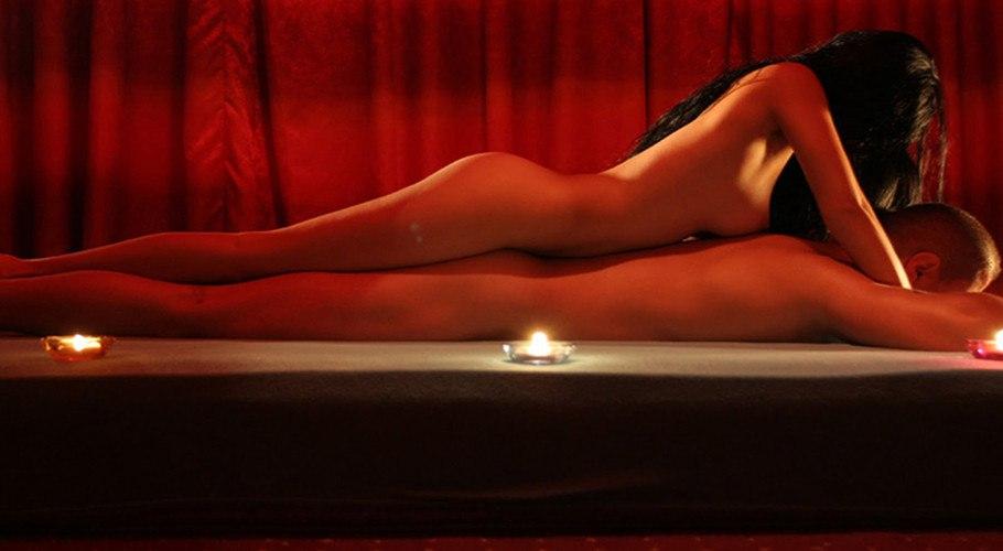 Ходили с женой на эротический массаж порно массаж 2 девушками